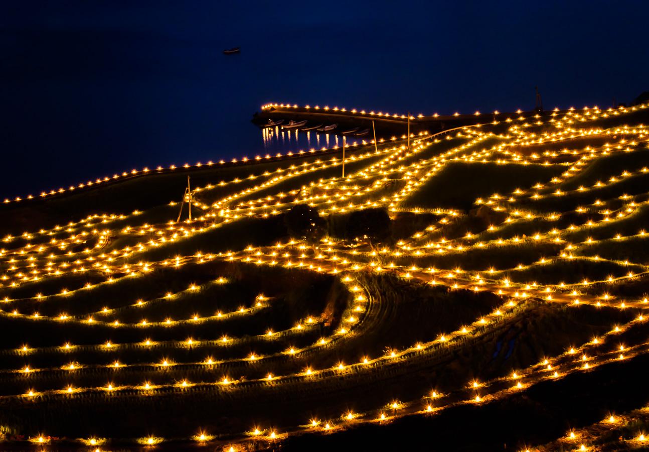 土谷棚田の灯篭